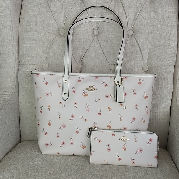 755648a5bf33 NWT Coach City Zip Tote Bag Purse and Wallet